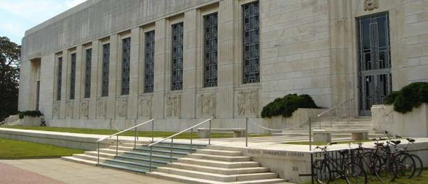 Outside view of the Folger Shakespeare Library