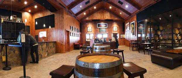 Event space at Paradise Springs Winery